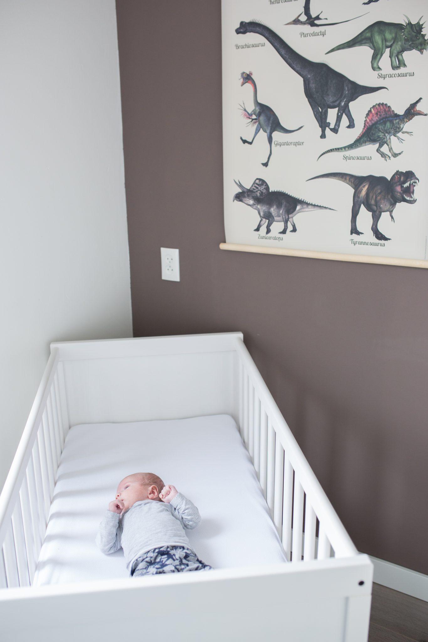lifestyle newborn shoot babyshoot amersfoort newborn fotografie babykamer laura elkhuizen fotografie