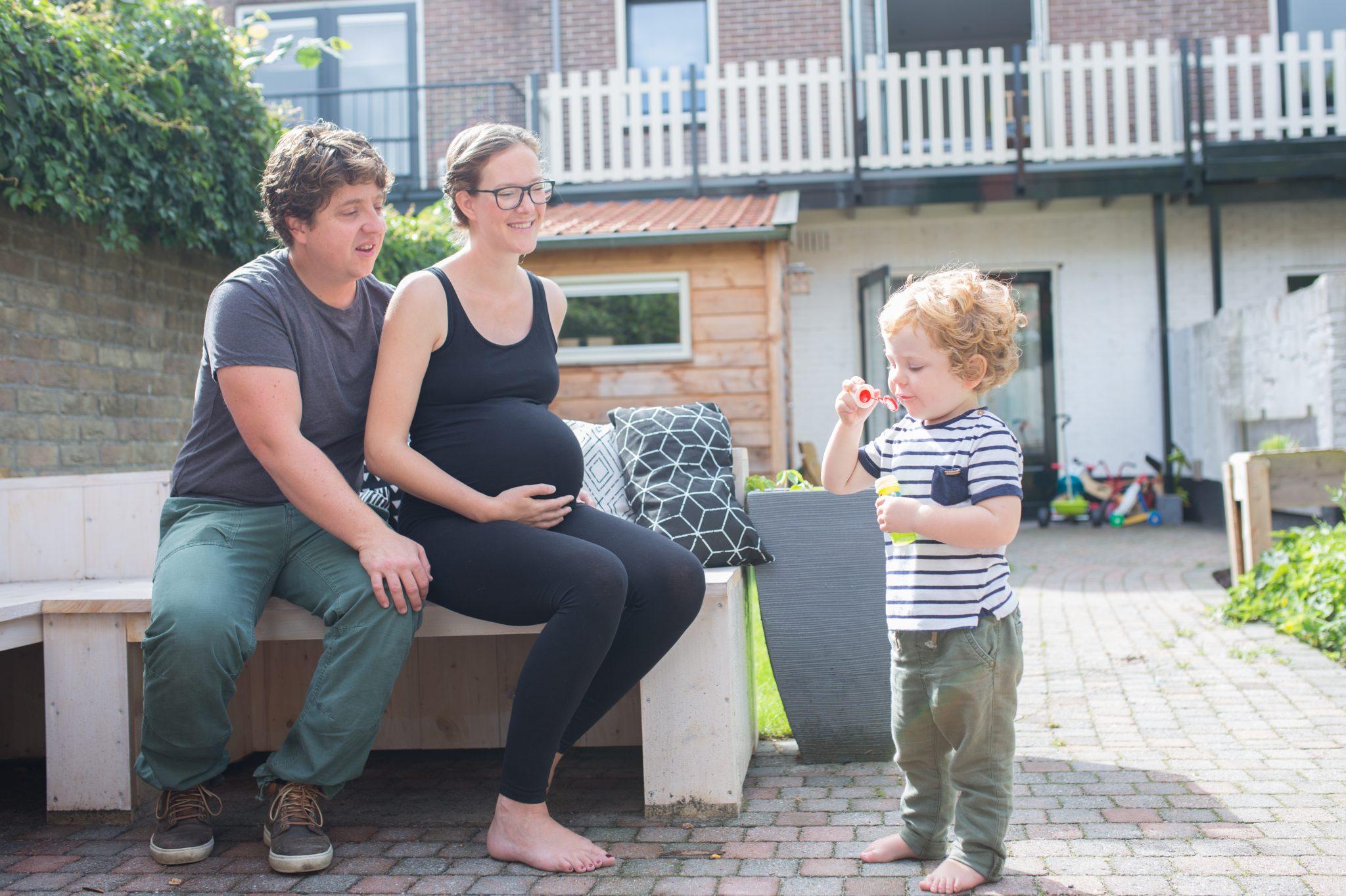 zwangerschapsfotografie zwangerschapshoot op locatie laura elkhuizen fotografie