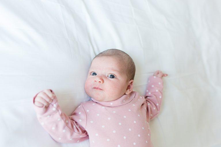 newborn lifestyle babyfotografie laura elkhuizen fotografie