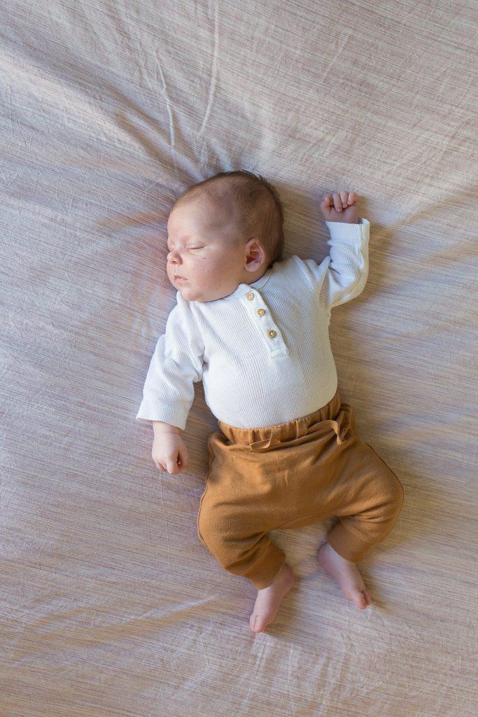 newbornshoot babyshoot newbornfotografie lifestyle newbornshoot bij je thuis amersfoort